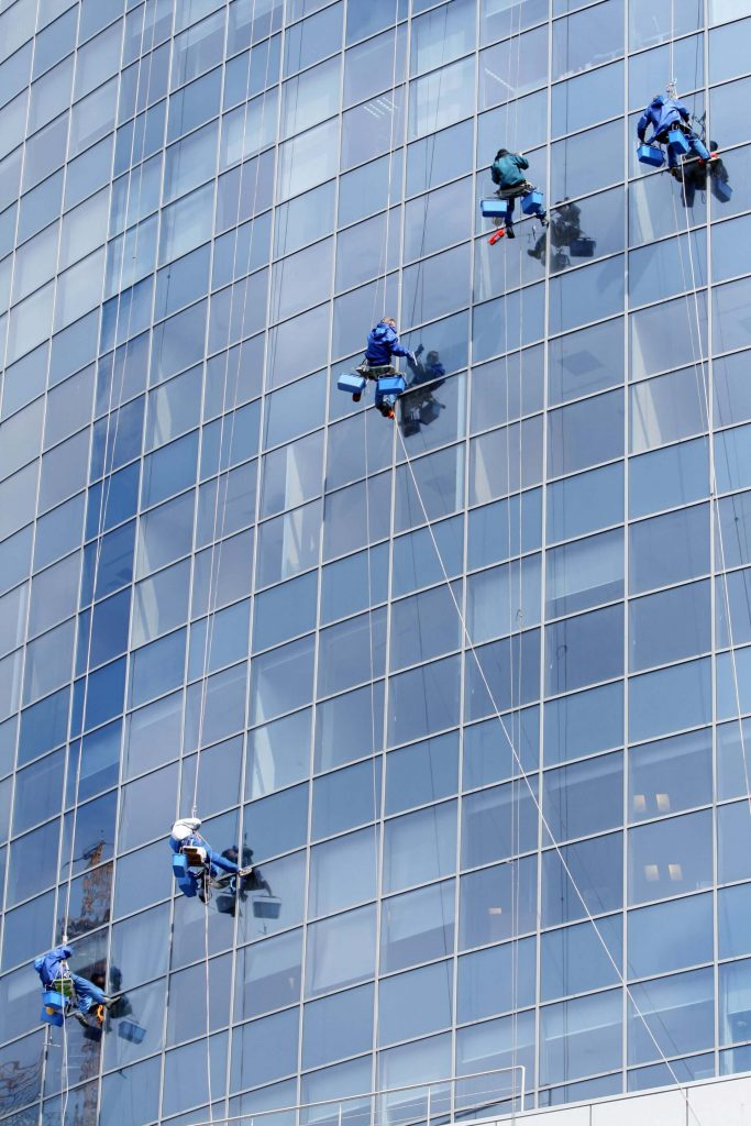 commercial building window cleaning